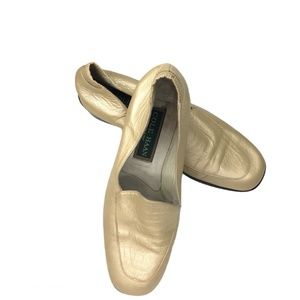 COLE HAAN GIANA Low Heel Gold Loafers Size 7